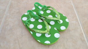 Green Joe Fresh Flip Flops, Toddler Girl, Size 8/9