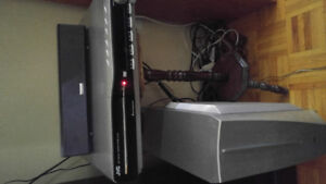 JVC home theatre surround sound system like new NEED GONE