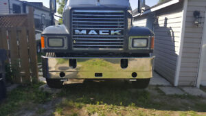 Looking for Mack Parts