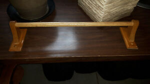 wooden towel holder. Cambridge Kitchener Area image 1