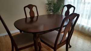 Dining table and hutch Strathcona County Edmonton Area image 2