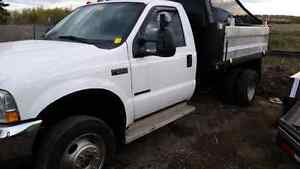 2003 f550   7.3   automatic 4x4 chipper box dump  with only 190k