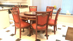 Close to new furniture, great condition!