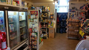 Restaurant / Convenience store /Postal Outlet Cornwall Ontario image 6