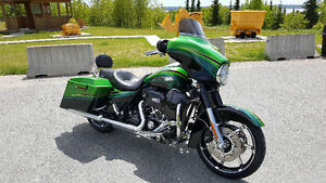 Harley flhxse Cvo Screaming Eagle