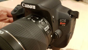 Canon Rebel T5i + 18-55mm + 3 Batteries + 32GB SD