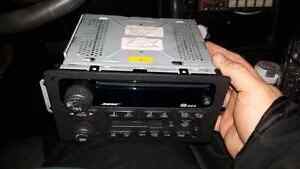 Radio Gm bose * CD player Cassette .