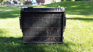 1980 TO 1996 FORD DIESEL F-250 TO F-550 OEM RADIATOR AND  SHROUD