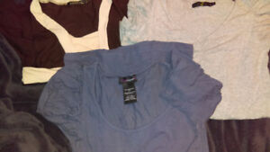 EUC 3 SIZE SMALL WOMANS SHIRT LOT