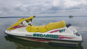 1998 GTI Seadoo with Shoremaster lift and trailer