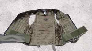Tactical Molle vest for airsoft or paintball 40$ or trade London Ontario image 3