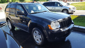 2008 Jeep Grand Cherokee DIESEL v6 / LTHR / ROOF / TOWING Safety