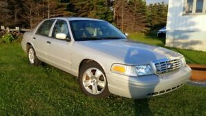 "2011 Crown Victoria ""LX"" Gem...$9999.99 or best offer"