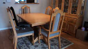 Dining Room Table Prince George British Columbia image 3