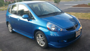 2007 HONDA FIT SPORT HUTCHBACK.  CERTIFIED, 75000km