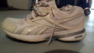 Reebok Easy Tone - Great condition Gatineau Ottawa / Gatineau Area image 1
