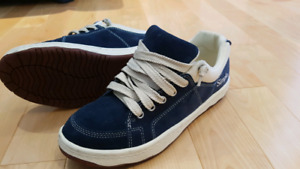 Simple® OS Sneaker Navy Blue size 9.5