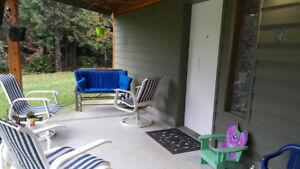 One bedroom Suite 5 minutes from viu ready in January