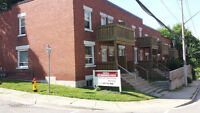 3 Bedroom End Unit Townhouse near downtown Kitchener, bus and Vi