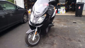 Peugeot scooter 500 satelis