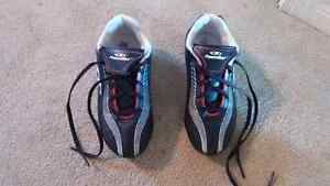 Kids soccer shoes/cleats Cambridge Kitchener Area image 1
