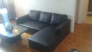 sectional couch in great condition Kingston Kingston Area image 1