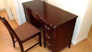 7 Drawer French Provincial Desk & Chair
