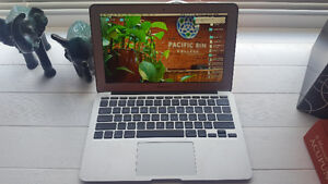 """2010 MacBook Air 11"""" (Great for students!)"""