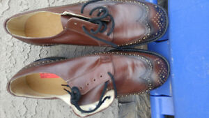 Mens steel toe Brouges - NEW - Never worn. Size 8.5