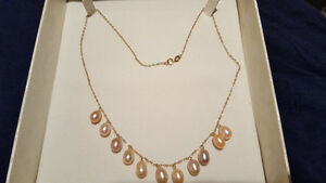 10 KT YELLOW GOLD FRESHWATER PEARL NECKLACE