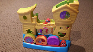 TODDLER TOYS LOT ASKING ONLY $30