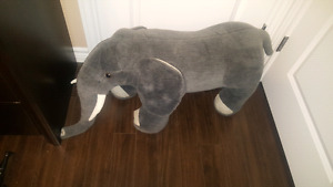 Melissa and Doug elephant, Lion mat and other room decor