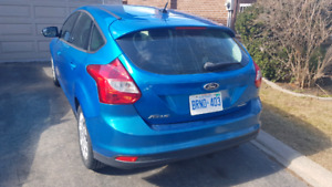 2013 ford focus SE - 156,000KM - safetied and certified