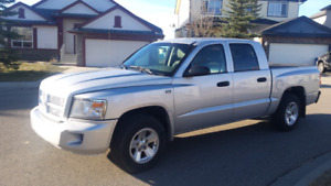 DODGE DAKOTA SXT 4X4 V8 2009