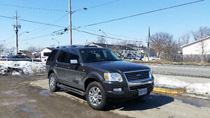 2007 Ford Explorer Limited 4x4 SUV, Excellent Condition
