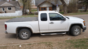 2008 gmc canyon extended cab with 120000 kms. 12000 obo