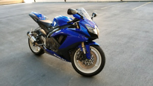 2008 GSXR 600 in great condition (need it gone this weekend)