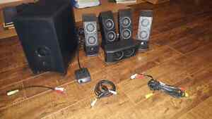 Speakers and subwoofer/home entertainment