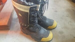 Winter Work Boots 2 pairs available Size 14