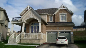 Home For Rent in Alliston 2900 SQ FEET 4+1 Bedrooms + 4 Baths