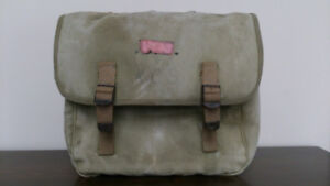 1942 WW 2 paratrooper musette pack