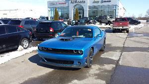 2016 Dodge Challenger Scat Pack Shaker Coupe (2 door)