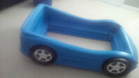 Little Tikes car bed (Toddler)