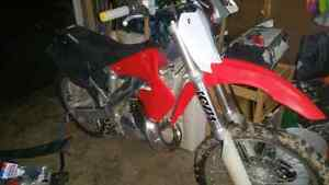 Mint cr125.  Trade for MANUAL CAR !!!!