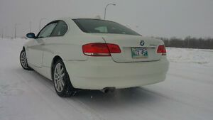 2007 BMW 3-Series 328 XI Coupe (2 door)