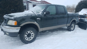 Parting out 2002 Ford F150 4x4 4.6 triton
