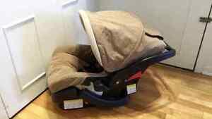 Siège auto Safety 1st pour bébé a vendre 25$