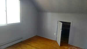 1 bedroom & living space, shared washroom & kitchen Peterborough Peterborough Area image 8