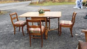 GATE LEG JACKNIFE DROPLEAF TABLE & 4 CHAIRS  reduced price
