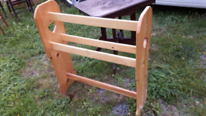 Large Pine Wood Vintage Blanket Quilt Rack Stand